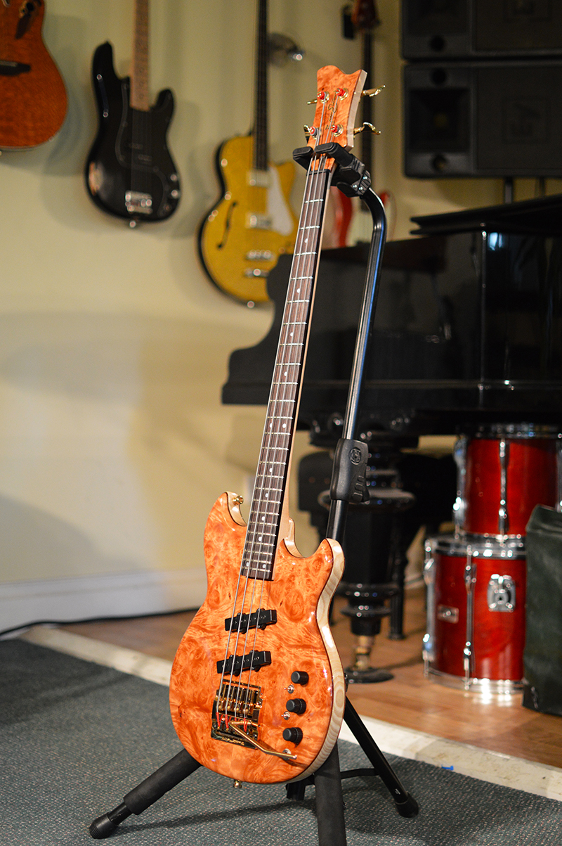 Scott Whitley SWB-1 Custom hand built short scale bass | Short Scale ...