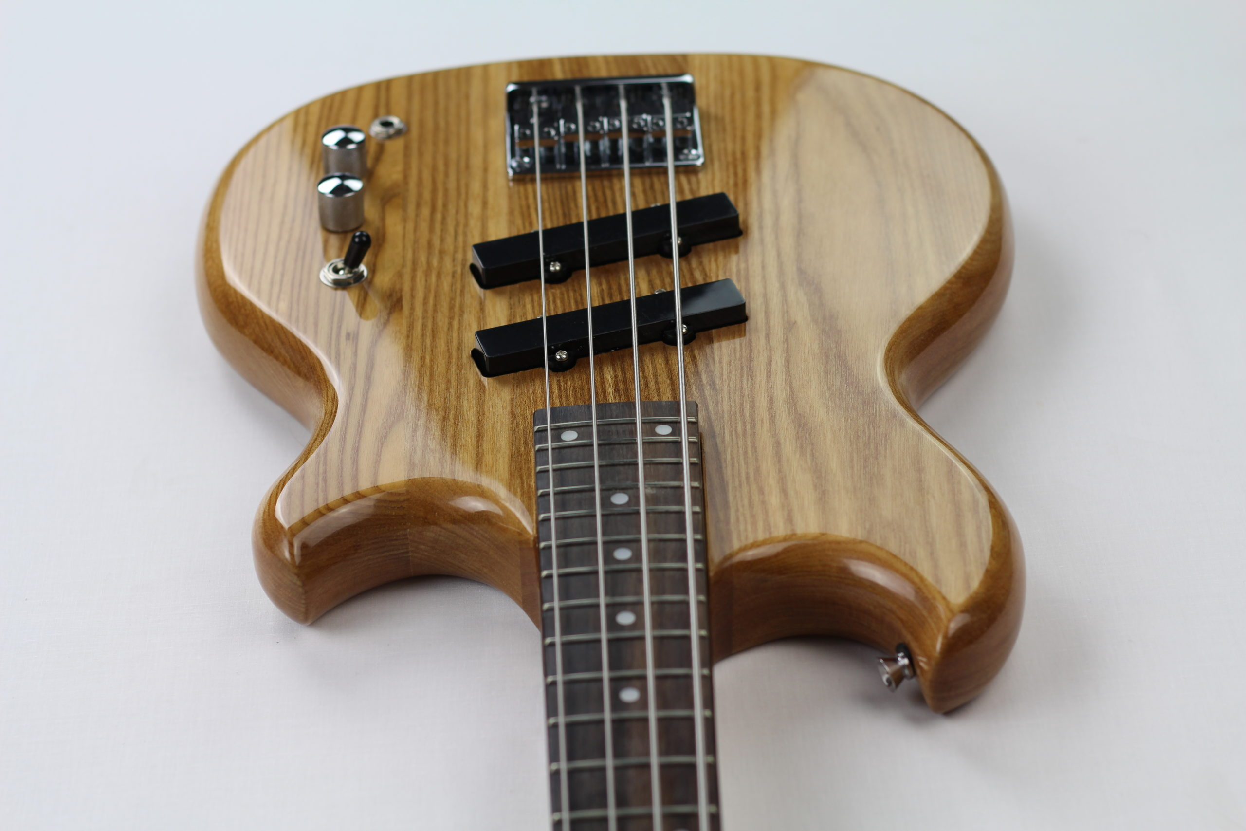 Chowny SWB-1 short scale bass above view