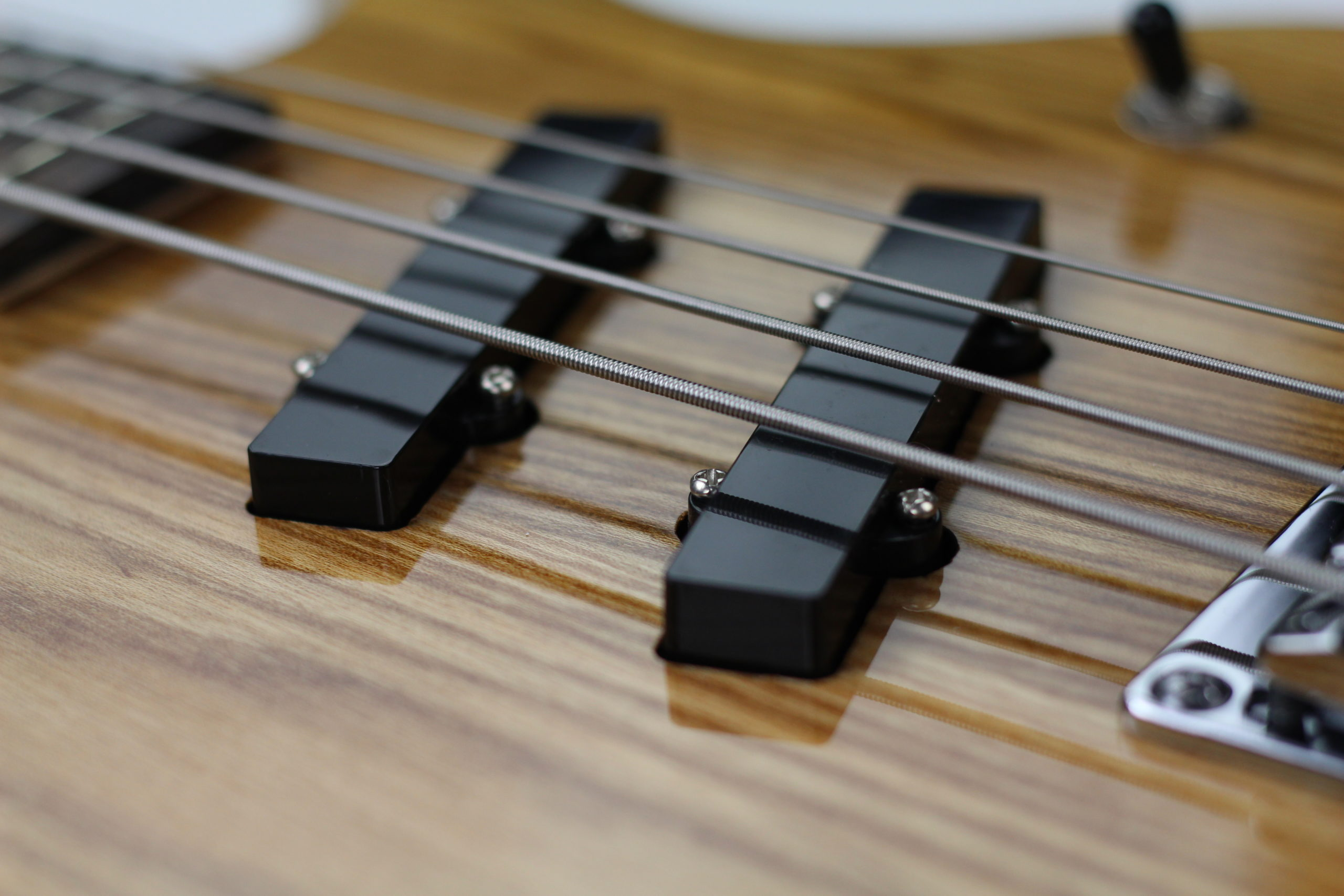 Chowny SWB-1 short scale bass pickups