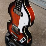 Hofner Violin short scale bass front side view