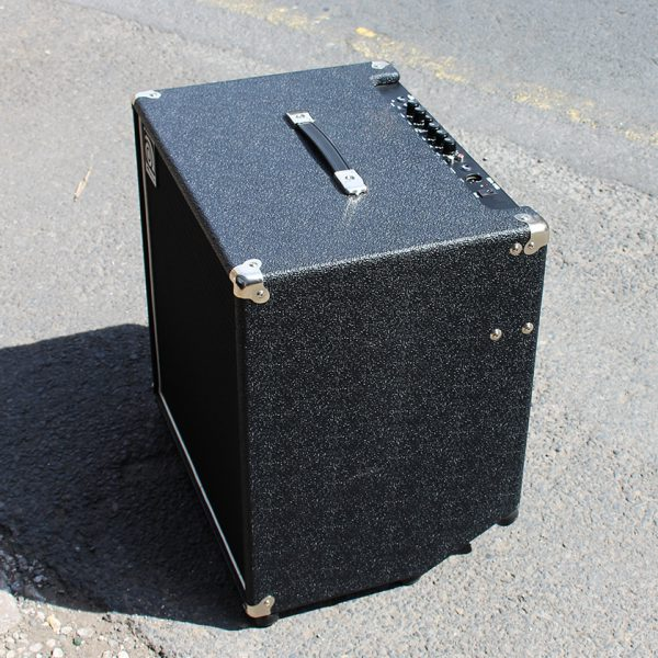 AMPEG BA115 used in great condition left side