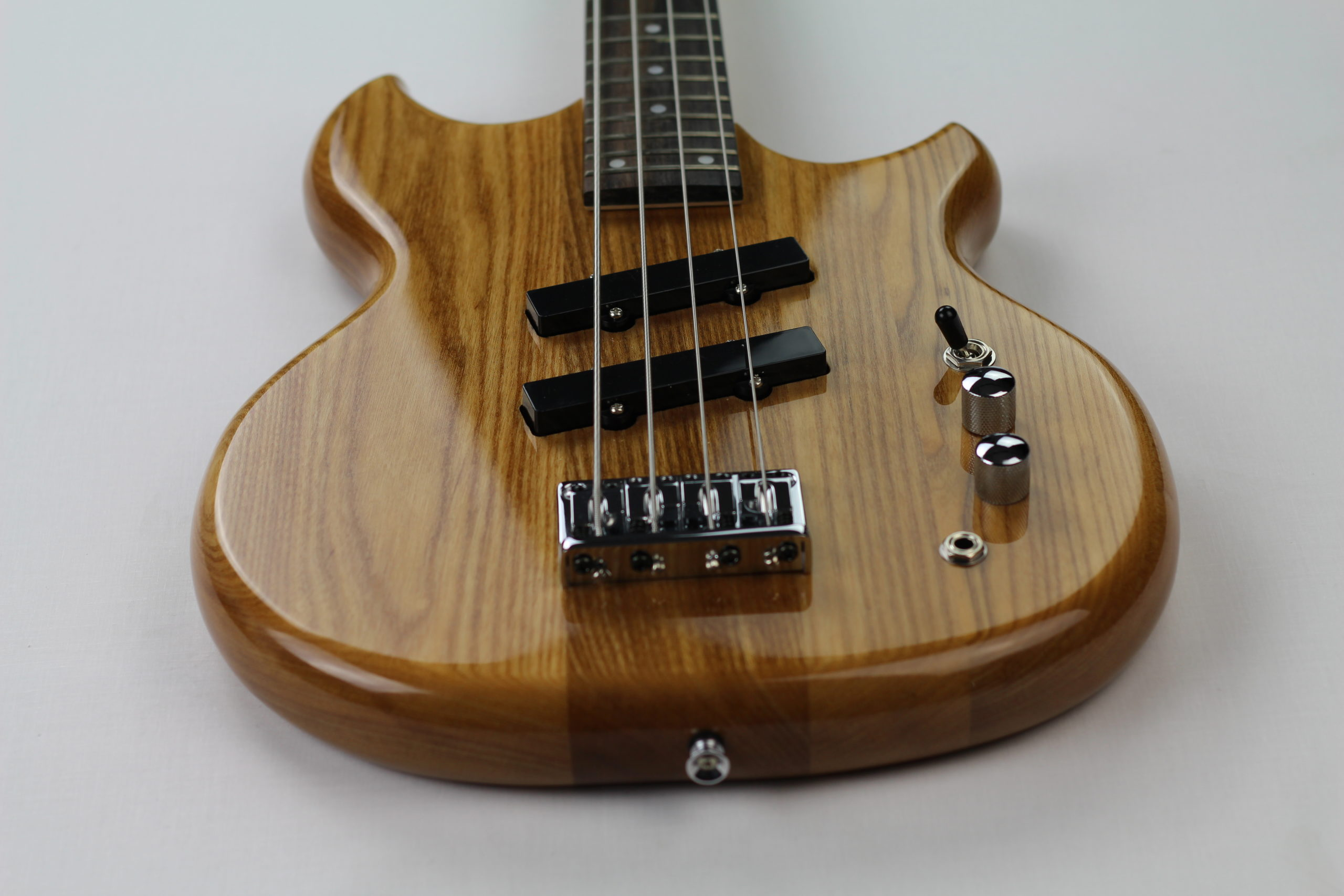 Chowny SWB-1 short scale bass above rear